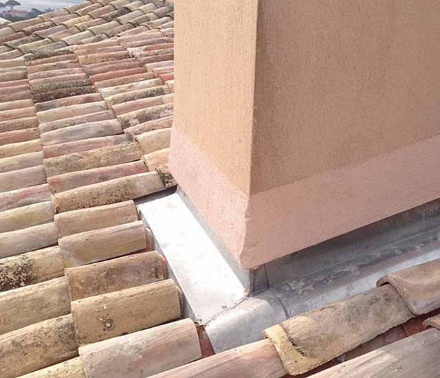 réparation toiture Les Issambres Gassin Plan-de-la-Tour Roquebrune-sur-Argens Cavalaire Croix-Valmer Grimaud Cogolin Ramatuelle 83420